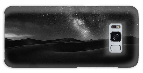 Sand Dunes Galaxy Case - Road To Stars by Jorge Ruiz Dueso