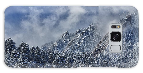 Rocky Mountain Dusting Of Snow Boulder Colorado Galaxy Case