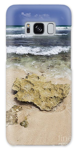 Rocky Shoreline In Tulum Galaxy Case