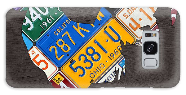Rooster Recycled License Plate Art On Gray Wood Galaxy Case by Design Turnpike