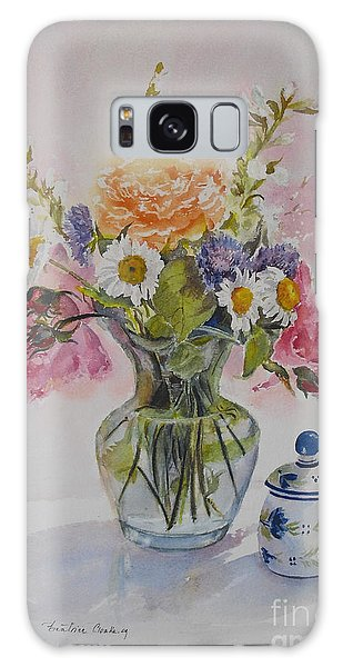 Roses And Daisies Galaxy Case