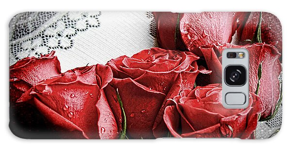 Roses To Remember Galaxy Case