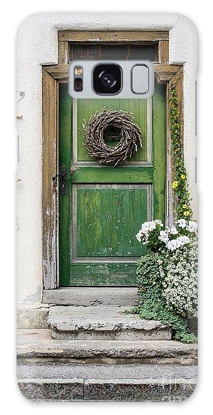 Rustic Wooden Village Door - Austria Galaxy Case