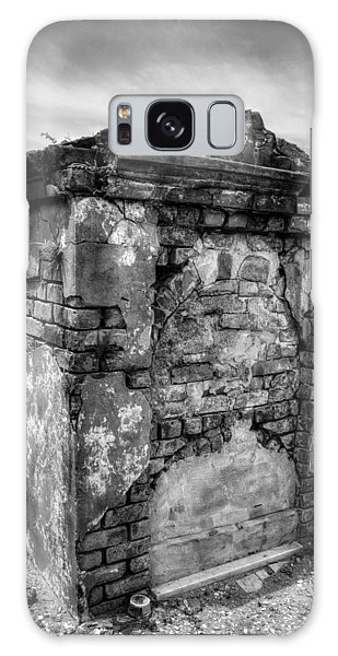 Saint Louis Cemetery No. 1 Brick Grave In Black And White Galaxy Case