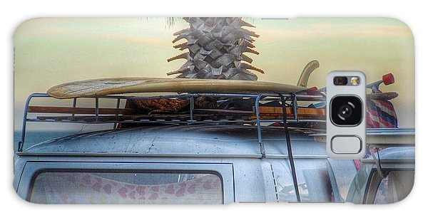 Vw Bus Galaxy Case - Lazy Sunday by Hal Bowles