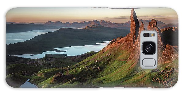 Highland Galaxy Case - Scotland - Old Man Of Storr by Jean Claude Castor