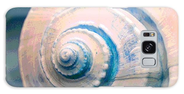 Seashell In Pastel Galaxy Case