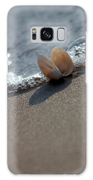 Seashell On The Coast With Wave Galaxy Case