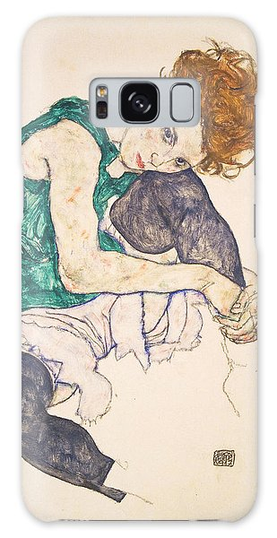 Adele Galaxy S8 Case - Seated Woman With Legs Drawn Up. Adele Herms by Egon Schiele