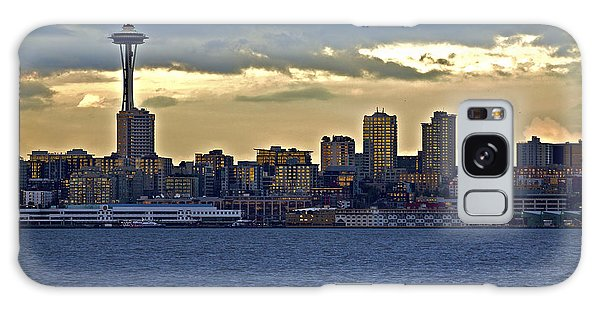Seattle Skyline In Twilight Galaxy Case
