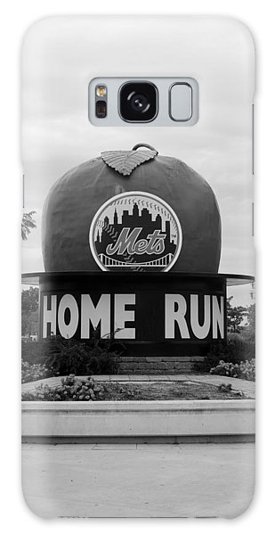 Shea Stadium Home Run Apple In Black And White Galaxy Case by Rob Hans
