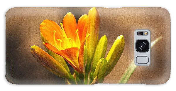 Single Kaffir Lily Bloom Galaxy Case