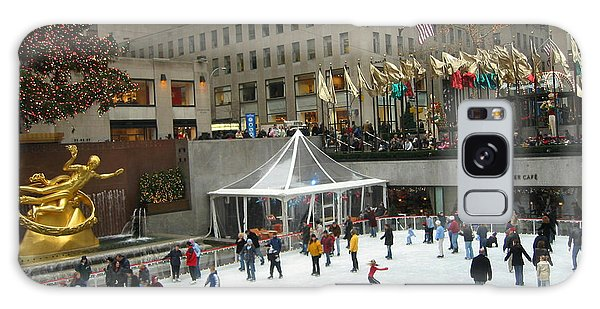 Skating In Rockefeller Center Galaxy Case