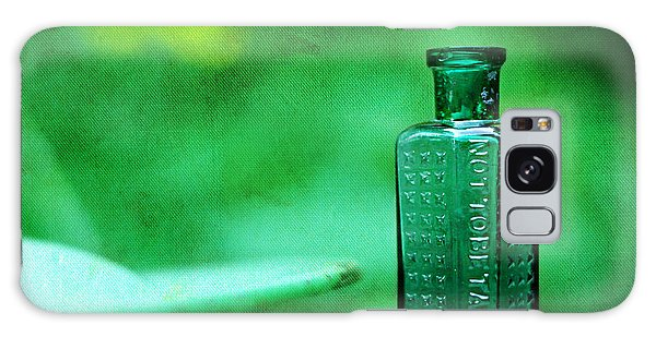 Small Green Poison Bottle Galaxy Case