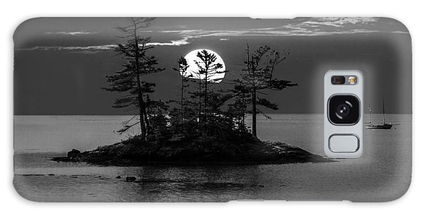 Small Island At Sunset In Black And White Galaxy Case