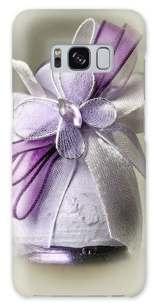 Small Vase With Butterfly And Violet Ribbons Galaxy Case