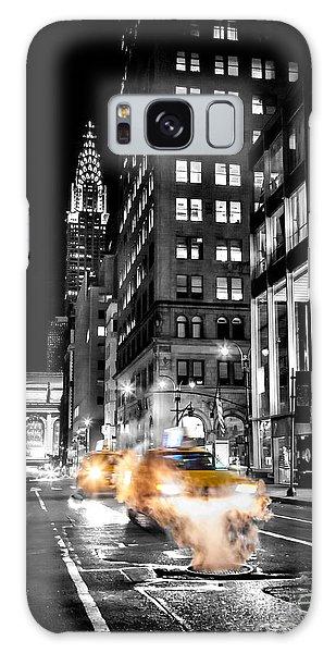 Chrysler Building Galaxy S8 Case - Smoking Streets Of New York  by Az Jackson