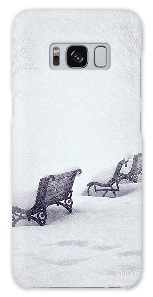 Snow In The Park Galaxy Case