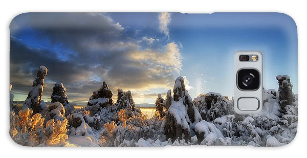 Snow On Tufa At Mono Lake Galaxy Case