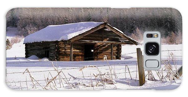 Snowy Cabin Galaxy Case