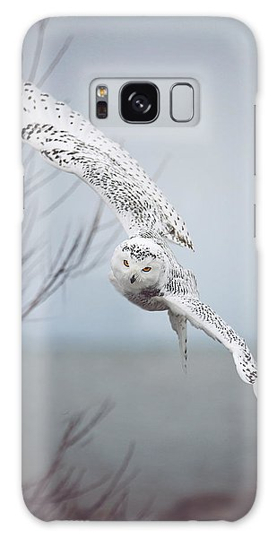 Wildlife Galaxy Case - Snowy Owl In Flight by Carrie Ann Grippo-Pike
