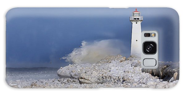 Winter Galaxy Case - Sodus Bay Lighthouse by Everet Regal