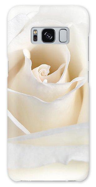 Soft Ivory Rose Flower Galaxy Case