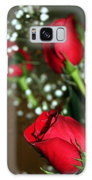 Soft Roses Galaxy Case