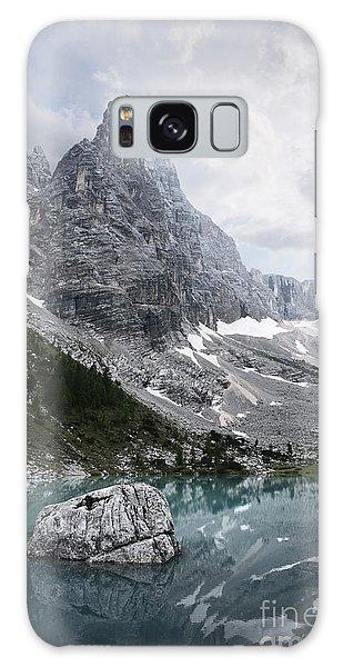 Sorapiss Lake Galaxy Case by Yuri Santin