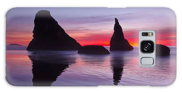Sea Stacks Galaxy Case - South Coast Reds by Darren  White