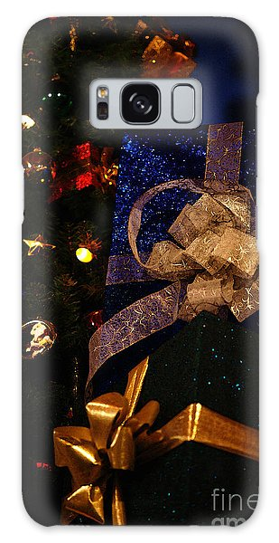 Sparkle Ribbon And Bows Galaxy Case by Linda Shafer