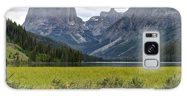 Squaretop Mountain And Upper Green River Lake  Galaxy Case