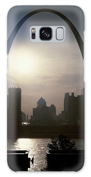 St Louis Mo Galaxy Case - St. Louis Arch In Twilight St. Louis Mo by Vintage Images