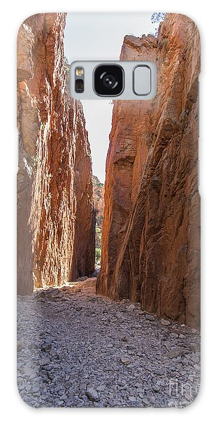 Chasm Galaxy Case - Standley Chasm Nt by Linda Lees