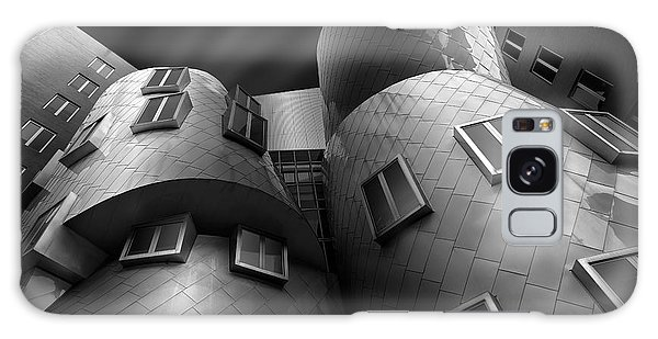 Gehry Galaxy Case - Stata Center by Louis-philippe Provost