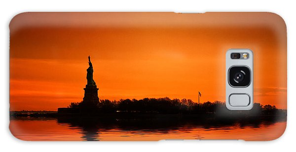 Breathe Galaxy Case - Statue Of Liberty At Sunset by John Farnan