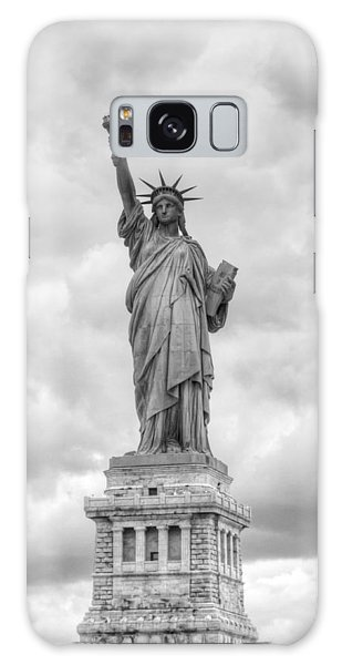 Statue Of Liberty Full Galaxy Case by Dave Beckerman