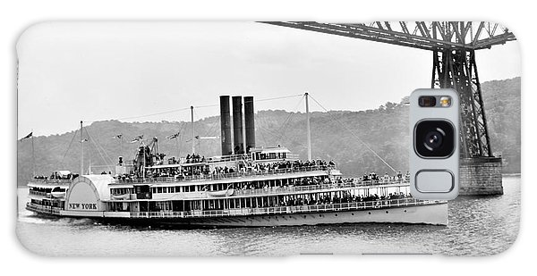 Steamer Albany Under Poughkeepsie Trestle Black And White Galaxy Case