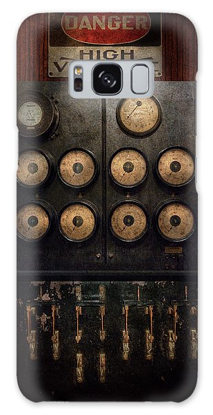 Steampunk - Electrical - Center Of Power Galaxy Case