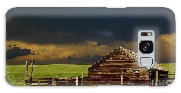 Storm Crossing Prairie 2 Galaxy Case by Robert Frederick