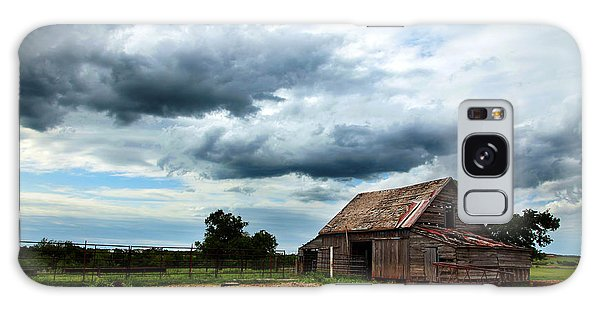 Storms Loom Over Barn On The Prairie Galaxy Case