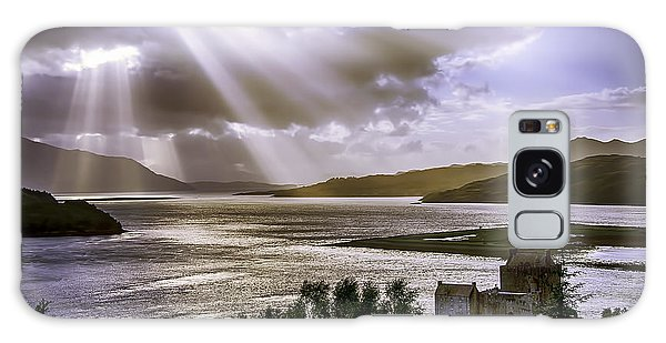 Sun Rays Over Eilean Donan Castle Galaxy Case