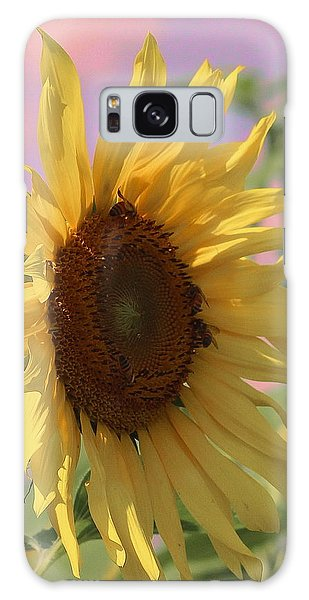 Conyers Galaxy Case - Sunflower Pop by Cathy Lindsey
