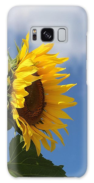Conyers Galaxy Case - Sunflower Profile 2 by Cathy Lindsey