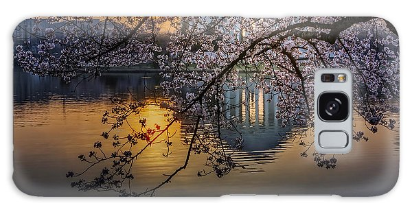 Galaxy Case featuring the photograph Sunrise At The Thomas Jefferson Memorial by Susan Candelario