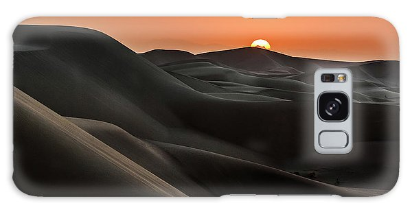 Sand Dunes Galaxy Case - Sunrise Behind The Mountains by Babak Mehrafshar (bob)