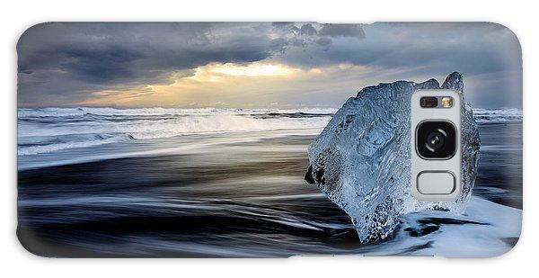 Iceland Galaxy S8 Case - Sunrise Between Ice by Rodrigo N??ez Buj