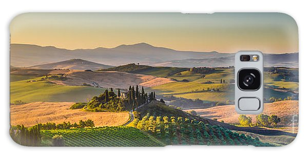 A Golden Morning In Tuscany Galaxy Case
