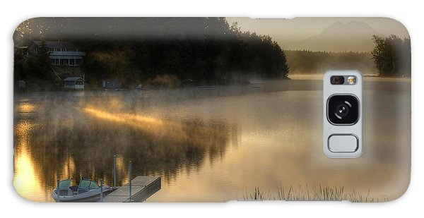 Sunrise On The Lake Galaxy Case by Peter Mooyman