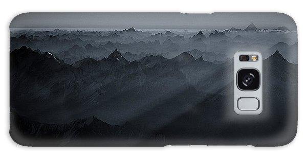 Layers Galaxy Case - Sunrise Over The Karakoram by Martin Van Hoecke